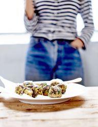 Falafels aux graines de chia, radis au vinaigre de riz