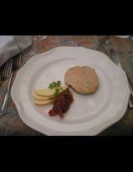 foie gras au sirop de thym au miel et confit d 39 oignons pour 6 personnes recettes elle table. Black Bedroom Furniture Sets. Home Design Ideas