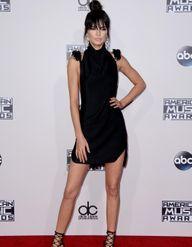 Kendall, Gwen, Selena… Qui était la plus lookée à la cérémonie des American Music Awards ?