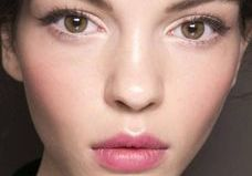 Le maquillage semi-permanent, ringard ou tendance ?