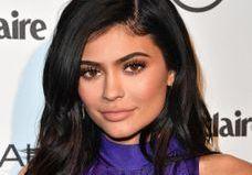 Kylie Jenner passe au carré platine