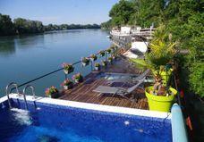 Airbnb Avignon : 20 appartements, péniches et villas de rêve à Avignon