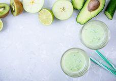 Voici les 5 drinks beauté de l'été préférés des californiennes