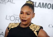 Découvrez les trois sublimes robes de mariée de Serena Williams !