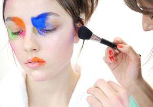 Dans les coulisses du shooting beauté de ELLE : « Annoncez la couleur ! »