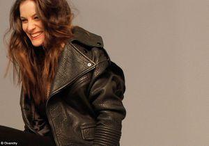 Liv Tyler chante pour Givenchy : le clip en exclusivité