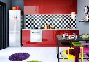 Pleins feux sur la cuisine rouge