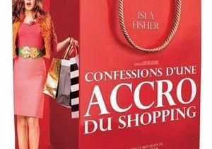 Confessions d'une accro du shopping au cinéma : le début d'une saga ?