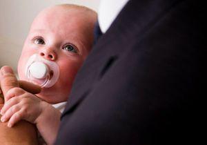 Congé parental : bientôt plus court et mieux rémunéré ?