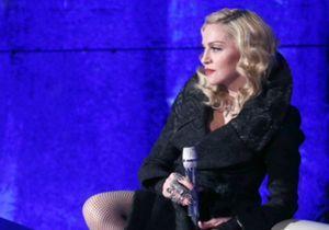 En Italie, Madonna défend encore la mode française !