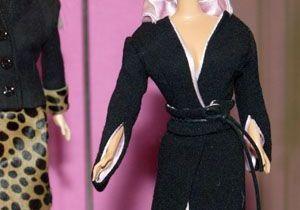 Barbie relookée par cinquante stylistes