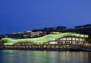 Les Docks : le nouveau haut lieu de la mode parisienne