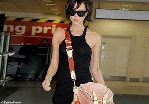 Victoria Beckham dégaine son dernier sac fétiche