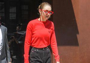 Pourquoi elle est bien : le look rouge et noir de Gigi Hadid
