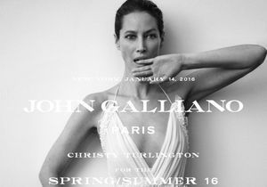 #PrêtàLiker : Christy Turlington pose pour la marque John Galliano