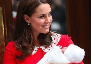 Trois semaines après son accouchement, Kate Middleton fait sa première sortie en public