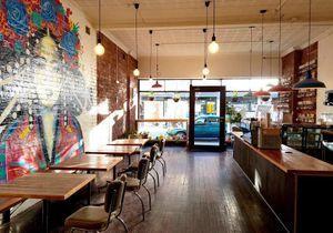 Découvrez l'initiative d'un café australien pour dénoncer les inégalités de salaire
