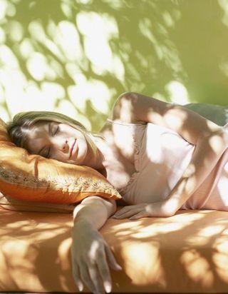 Peut-on faire une sieste sans se démaquiller ?