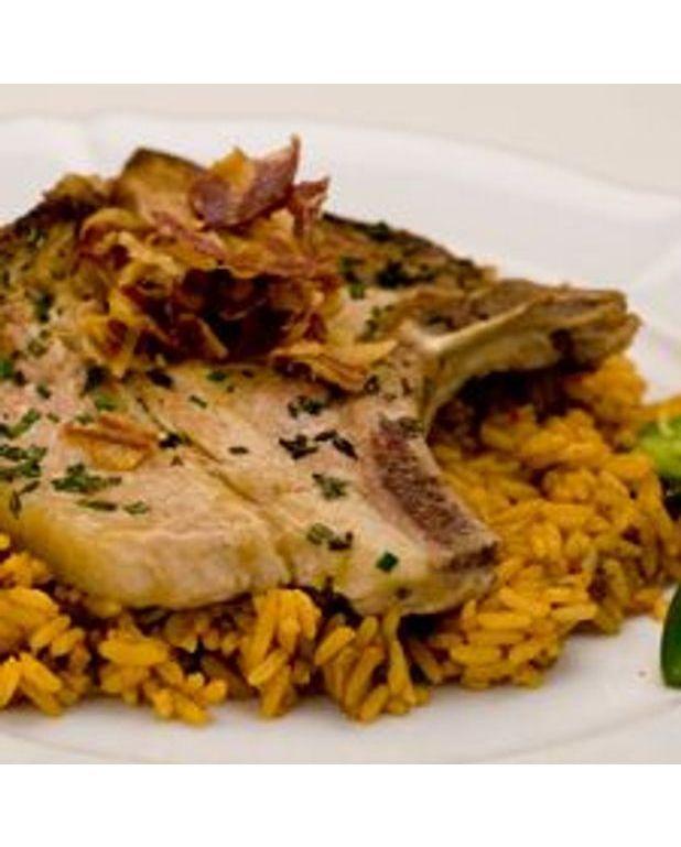 C tes de porc la mexicaine pour 4 personnes recettes elle table - Cote de porc a la moutarde au four ...
