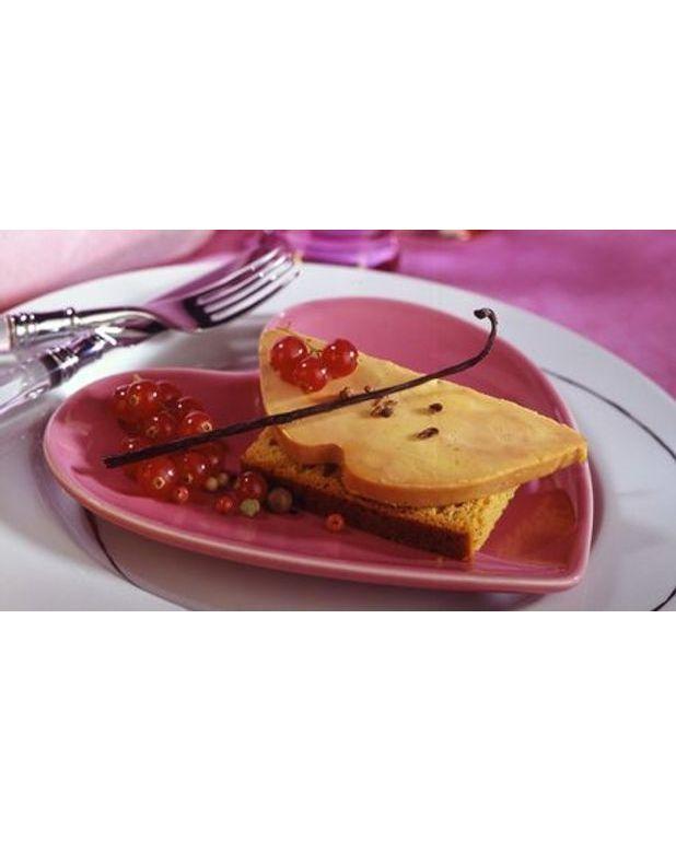 Foie gras sur canap de pain d 39 pices pour 4 personnes for Foie gras canape