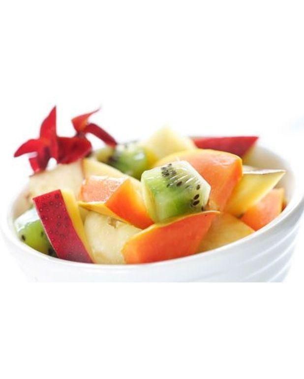 salade de fruits exotiques pour 4 personnes recettes elle table. Black Bedroom Furniture Sets. Home Design Ideas