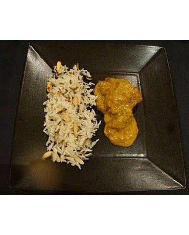curry de veau et riz sauvage aux amandes pour 6 personnes recettes elle table. Black Bedroom Furniture Sets. Home Design Ideas