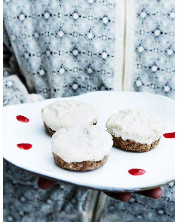 cheese cakes vegan pour 6 personnes recettes elle table. Black Bedroom Furniture Sets. Home Design Ideas