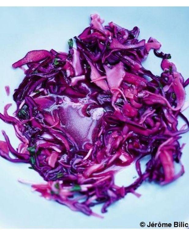 Chou rouge blanc et radis au vinaigre balsamique blanc pour 6 personnes recettes elle table - Recette desherbant vinaigre blanc ...