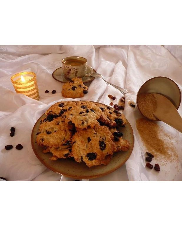cookies raisin et p pites de chocolat pour 8 personnes. Black Bedroom Furniture Sets. Home Design Ideas