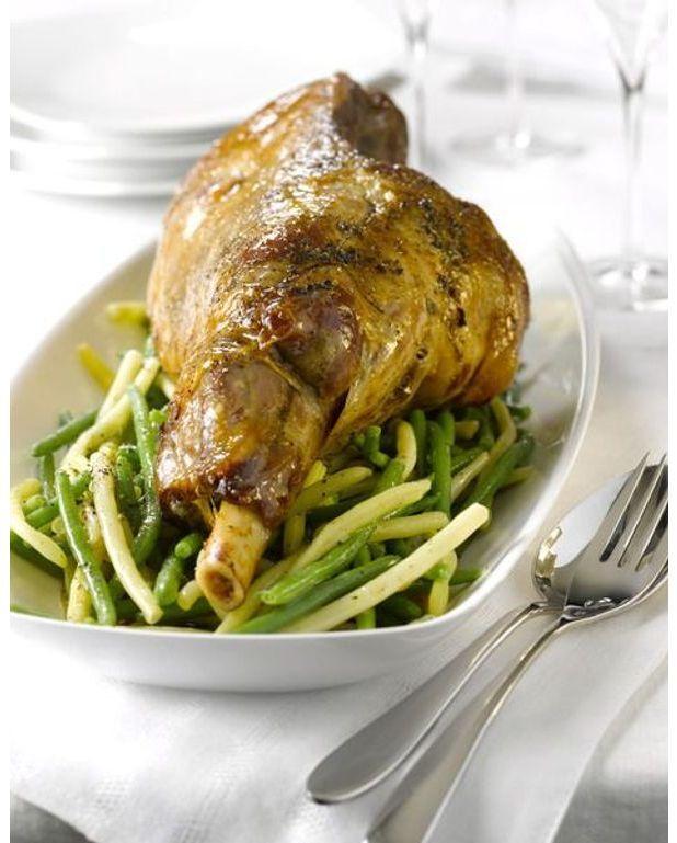 Gigot d 39 agneau de lorraine r ti recettes elle table - Roti d agneau cuisson ...