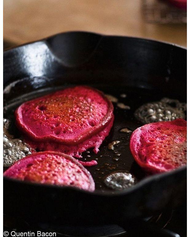 Pancakes de quinoa la betterave rouge pour 4 personnes recettes elle table - Recette pancakes herve cuisine ...