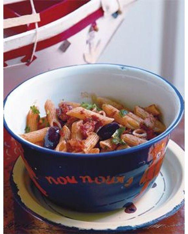 p 194 tes au thon 192 la tomate et aux olives pour 4 personnes recettes 224 table