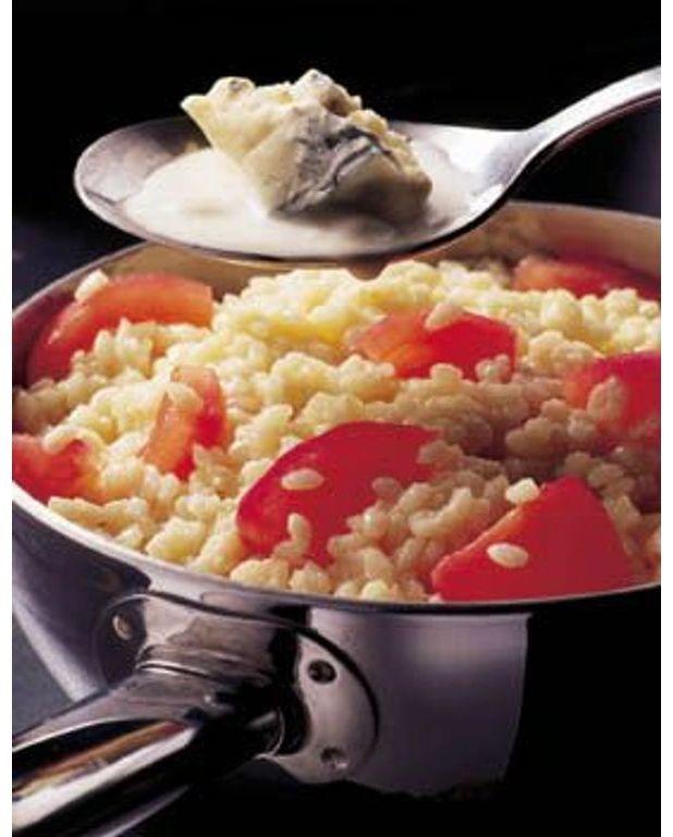 risotto la tomate et au gorgonzola pour 4 personnes. Black Bedroom Furniture Sets. Home Design Ideas