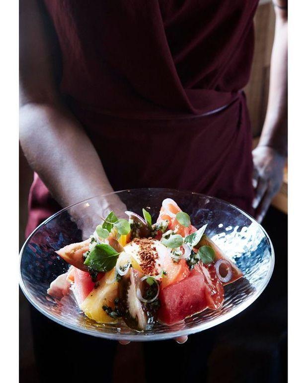 Salade de past que la burrata pour 4 personnes recettes elle table - Salade de pasteque ...