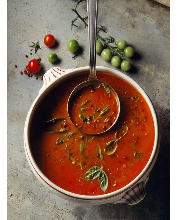 Soupe cr ole aux tomates et agrumes recettes elle table - Recette de cuisine tele matin france2 ...