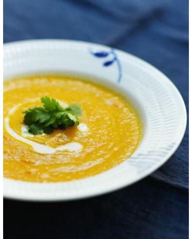 soupe de carottes lait de coco et gingembre pour 4 personnes recettes elle table. Black Bedroom Furniture Sets. Home Design Ideas
