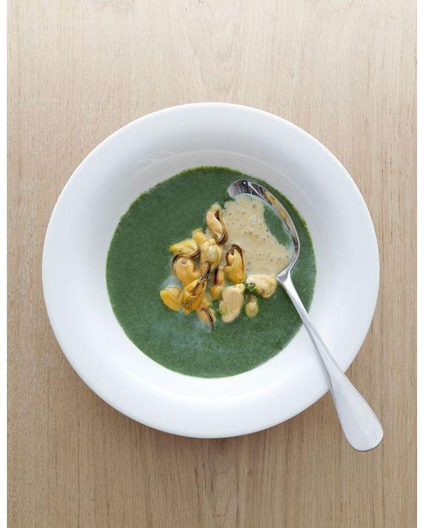soupe de cresson aux moules pour 4 personnes recettes elle table. Black Bedroom Furniture Sets. Home Design Ideas