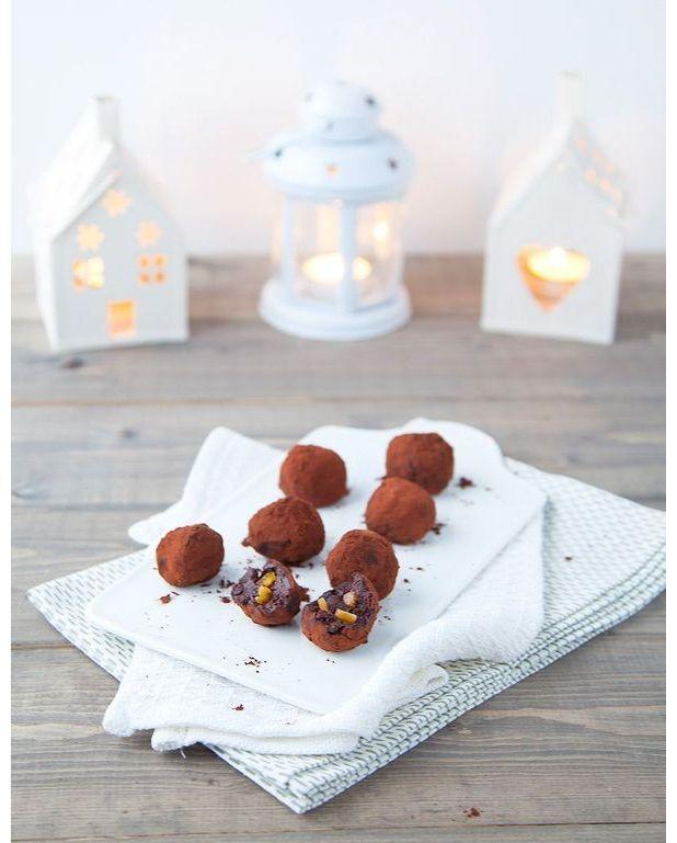 truffes au chocolat noir aux clats d orange confites pour. Black Bedroom Furniture Sets. Home Design Ideas