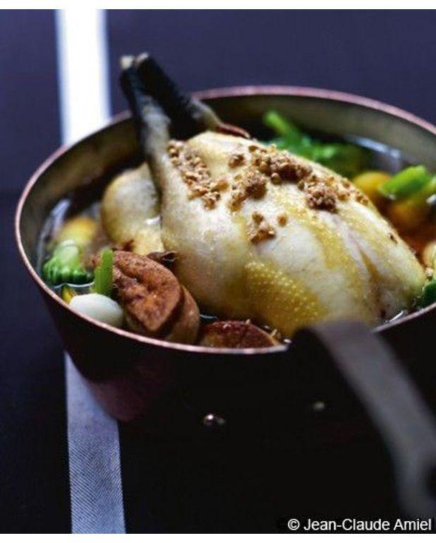 volaille fermi 232 re en pot au feu de crevettes et foie gras pour 4 personnes recettes 224 table