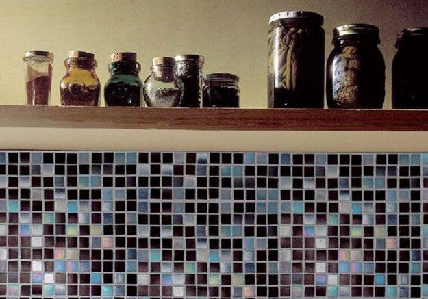 De la mosaïque sur les murs