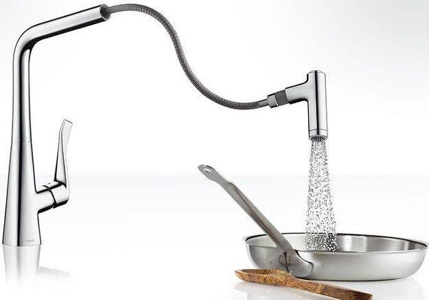 Un robinet de cuisine design