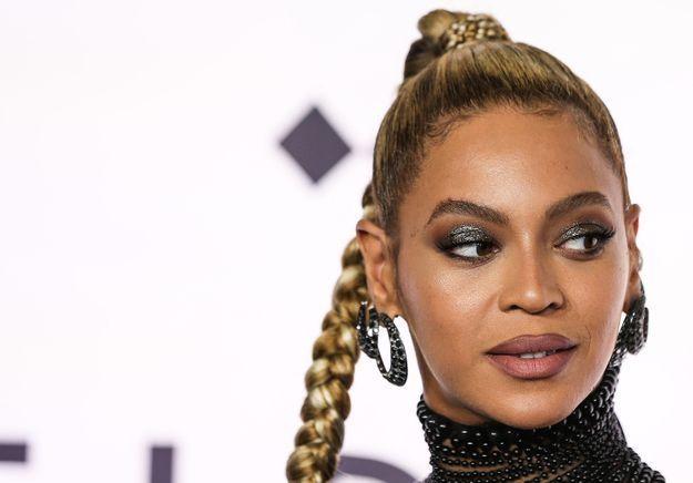 Beyoncé se blesse à l'oreille : ses fans se mutilent en solidarité
