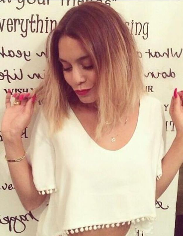 Vanessa hudgens fi re de sa nouvelle coupe d t elle for Coupe de cheveux de vanessa hudgens