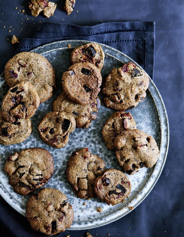 sos cookies d couvrez la recette pour pr parer un bocal 39 sos cookies 39 elle table. Black Bedroom Furniture Sets. Home Design Ideas
