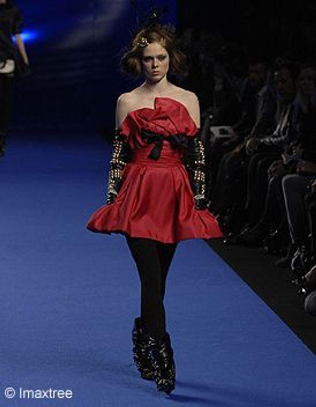 Avec quoi porter le rouge elle for Quoi porter sur une robe maxi pour un mariage