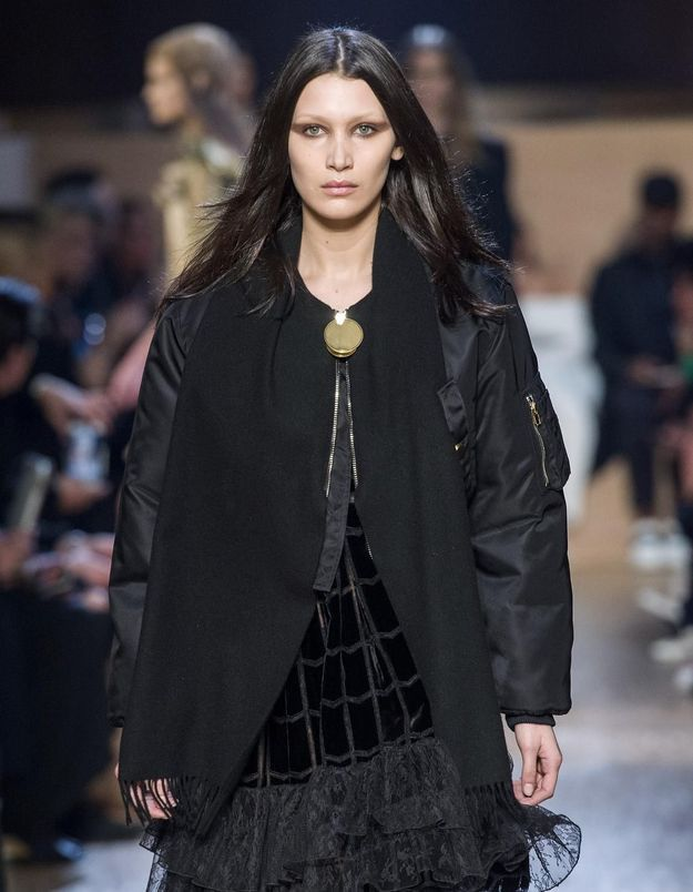 Bella Hadid, nouvelle Givenchy girl pour Riccardo Tisci