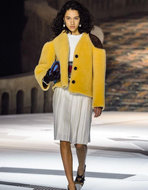 Fashion Week de Paris : la bourgeoise venue d'ailleurs de Nicolas Ghesquière