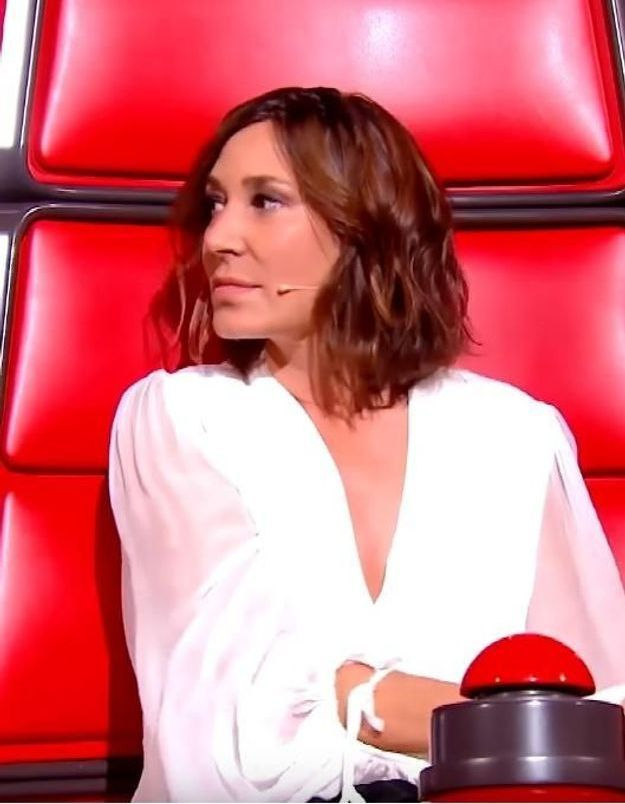 Robe blanche de zazie sur the voice