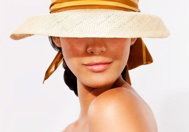 Le top 8 des erreurs qui abîment notre peau