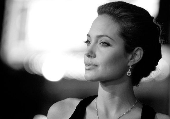 Angelina Jolie : son évolution de ses débuts à aujourd'hui